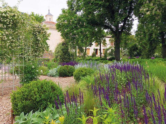jardín histórico en la alcarria