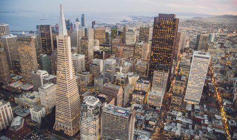 Metropolitan area, Urban area, Cityscape, Metropolis, City, Skyscraper, Tower block, Daytime, Skyline, Human settlement,