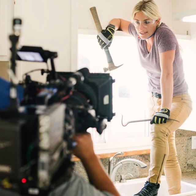 jasmine roth on set filming for hgtv