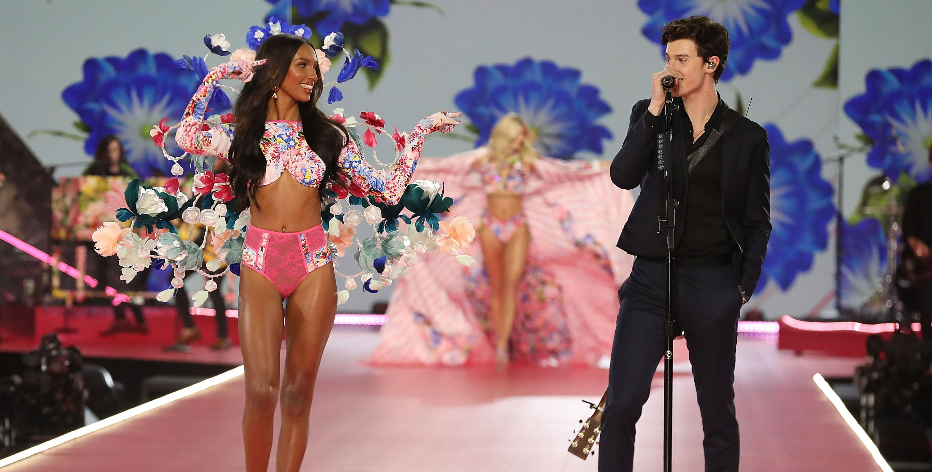 Victoria S Secret Fashion Show 2018 Musical Performers Full List