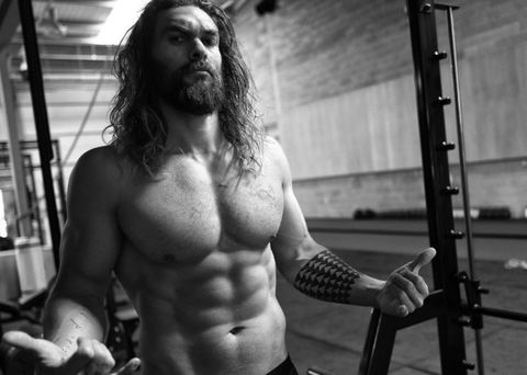 ジェイソン モモア 筋肉,上半身トレーニング,効果的な筋肉の鍛え方,ジェイソン モモア 筋トレ,jason momoa,
