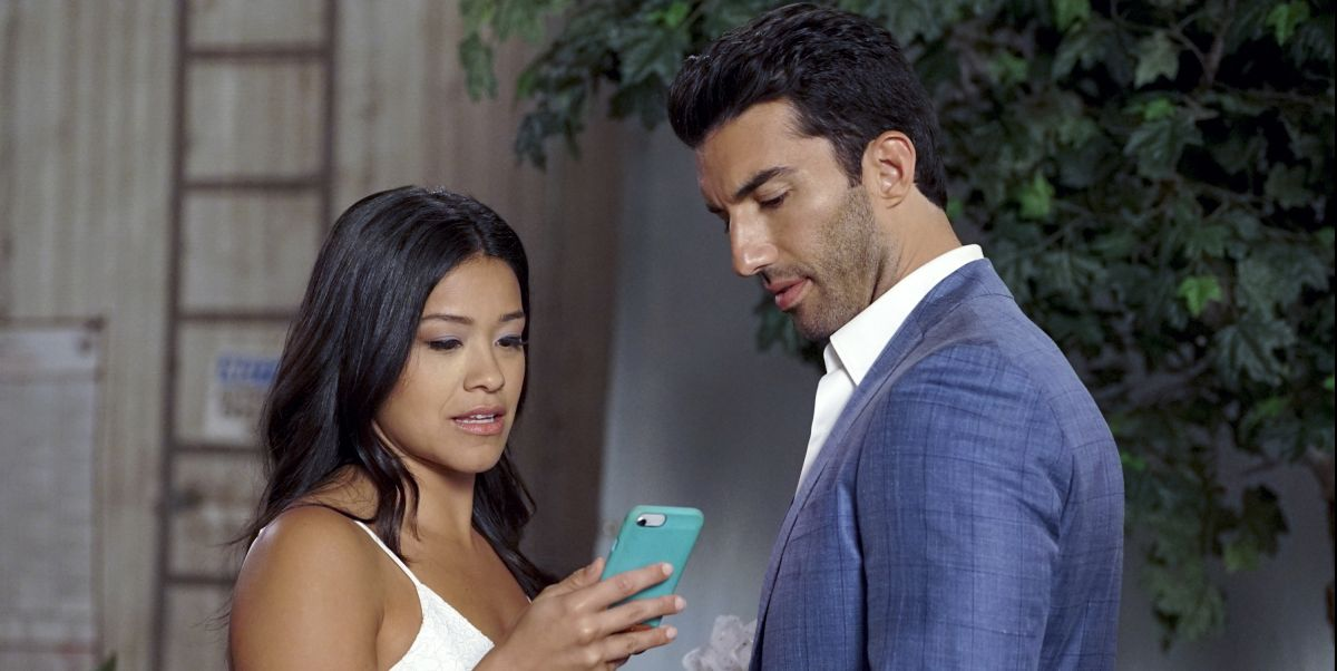 Fans Are Freaking Over 'Jane the Virgin's Twist Ending