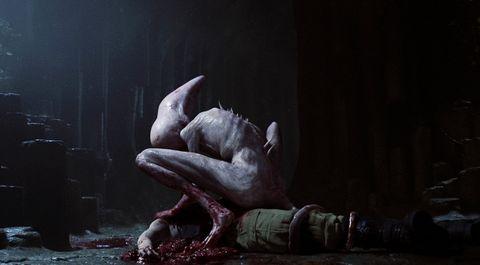 javier botet caracterizado como monstruo en alien covenant