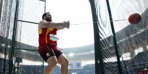 Javier Cienfuegos lanzando el martillo en los Juegos de Río