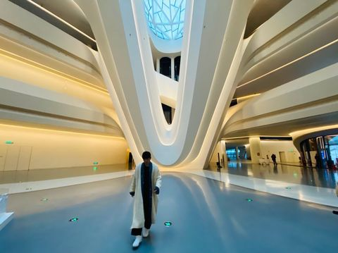 Transport, Ceiling, Building, Leisure, Interior design, Advertising,