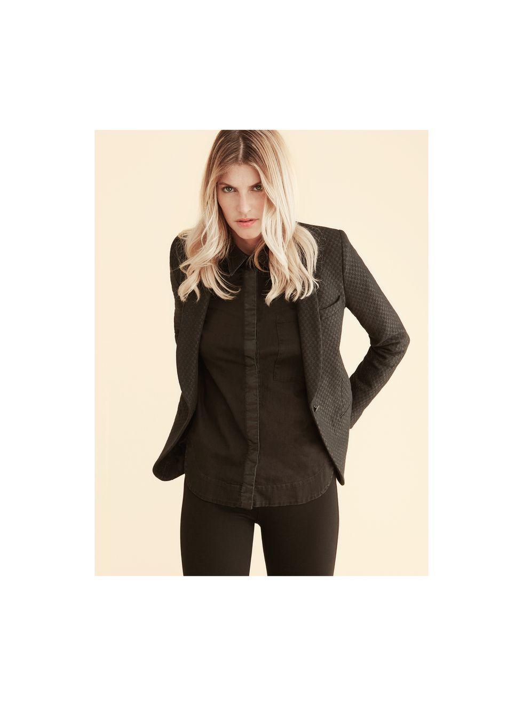 5 ways to add luxury to leisurewear - jacob cohen tailoring