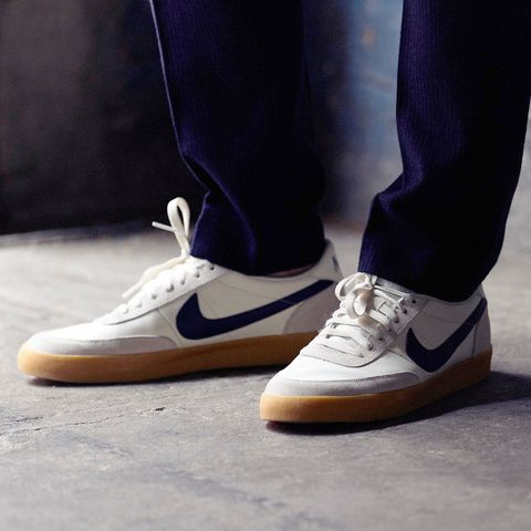 Footwear, Blue, Trousers, Shoe, Textile, Human leg, White, Standing, Denim, Style,