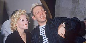 La carriera di Jean Paul Gaultier tra vestiti iconici e muse