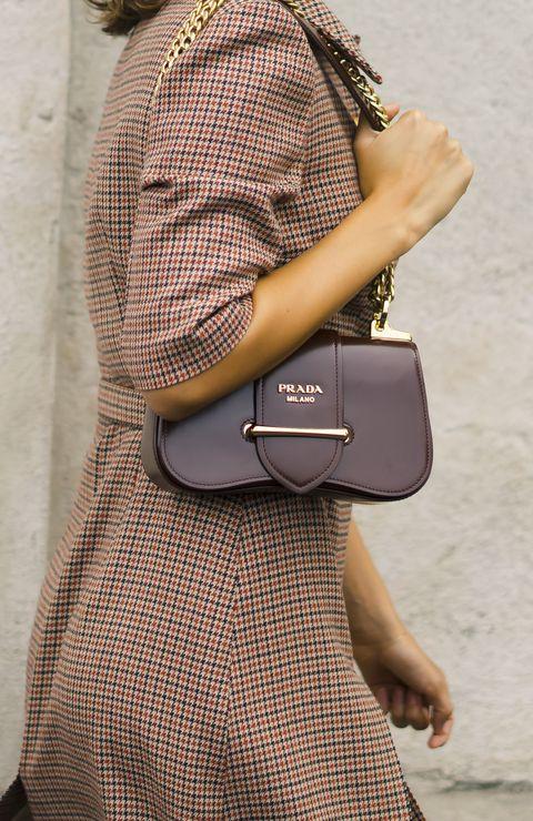 Street Style - Milan Fashion Week Womenswear Spring/Summer 2020 Day One