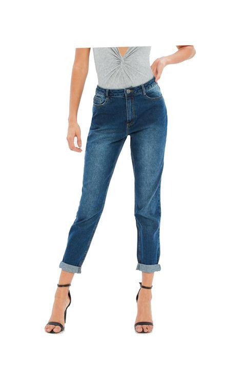 Denim, Clothing, Jeans, Blue, Standing, Waist, Pocket, Textile, Trousers, Footwear,