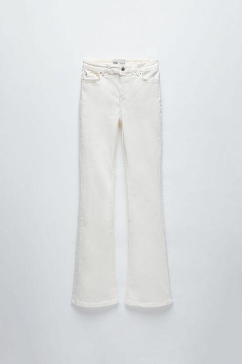 White, Clothing, Denim, Trousers, Jeans, Beige, Textile, Active pants, Linen, Sportswear,