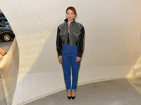 e32f07d4d41e Jeans moda 2019  quelli di Léa Seydoux sono tendenza Primavera ...
