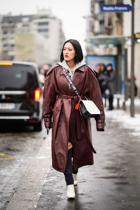 Street fashion, Photograph, Clothing, Fashion, Snapshot, Street, Outerwear, Coat, Infrastructure, Photography,