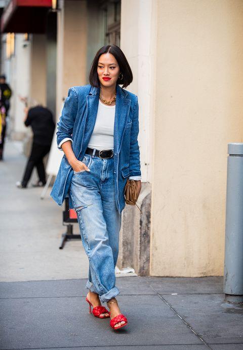 vendite calde f0c2b a76e7 Jeans moda autunno 2019 i modelli e gli abbinamenti in total ...