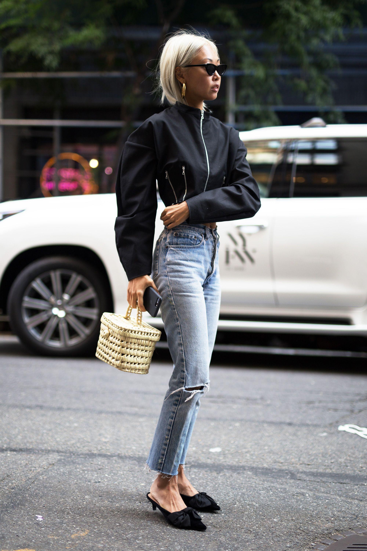 Jeans strappati con stile: 8 errori da non fare