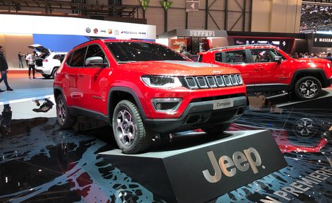 Land vehicle, Vehicle, Car, Motor vehicle, Auto show, Sport utility vehicle, Compact sport utility vehicle, Mini SUV, Automotive design, Jeep,