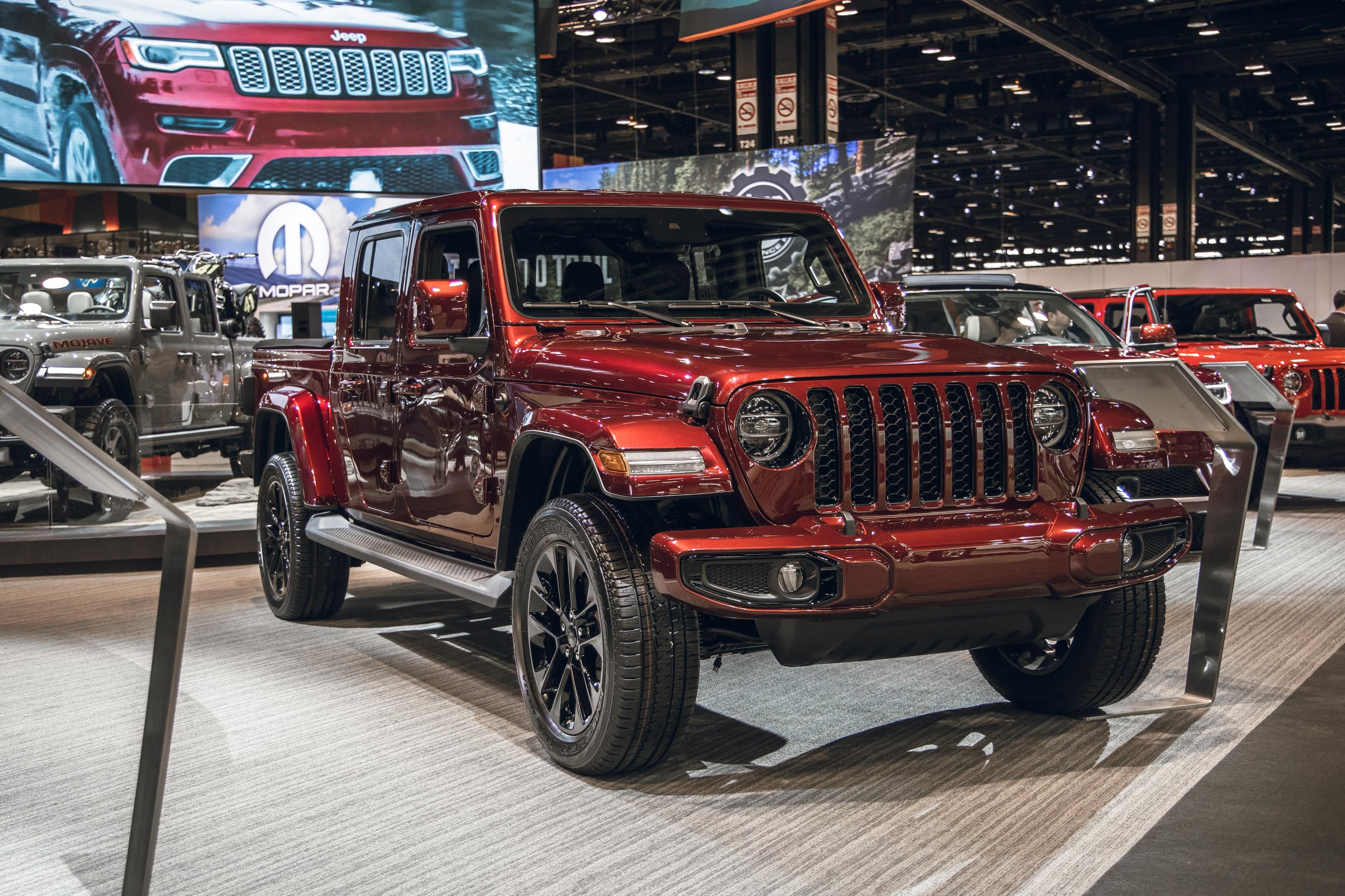 2020 Jeep Gladiator And Wrangler Now Come Rolling On Dubs