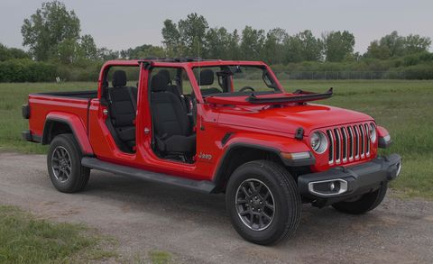 How to Remove the 2020 Jeep Gladiator's Doors, Roof, and ... Jeep Hardtop Wiring Harness Disconnect on