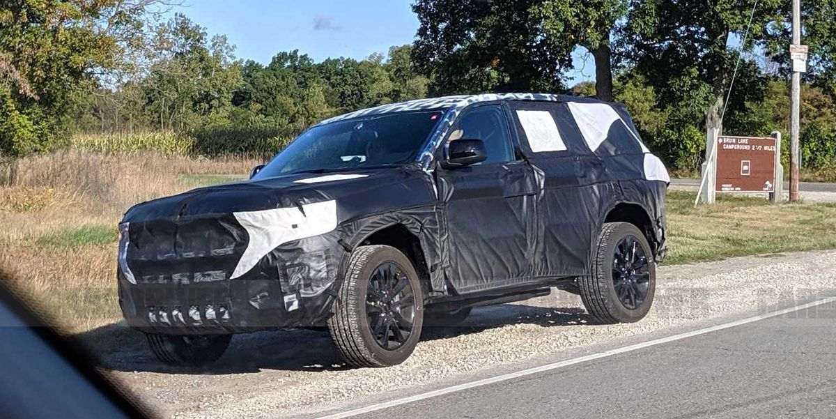 Next-Gen Jeep Grand Cherokee Will Be New and Larger Than Ever