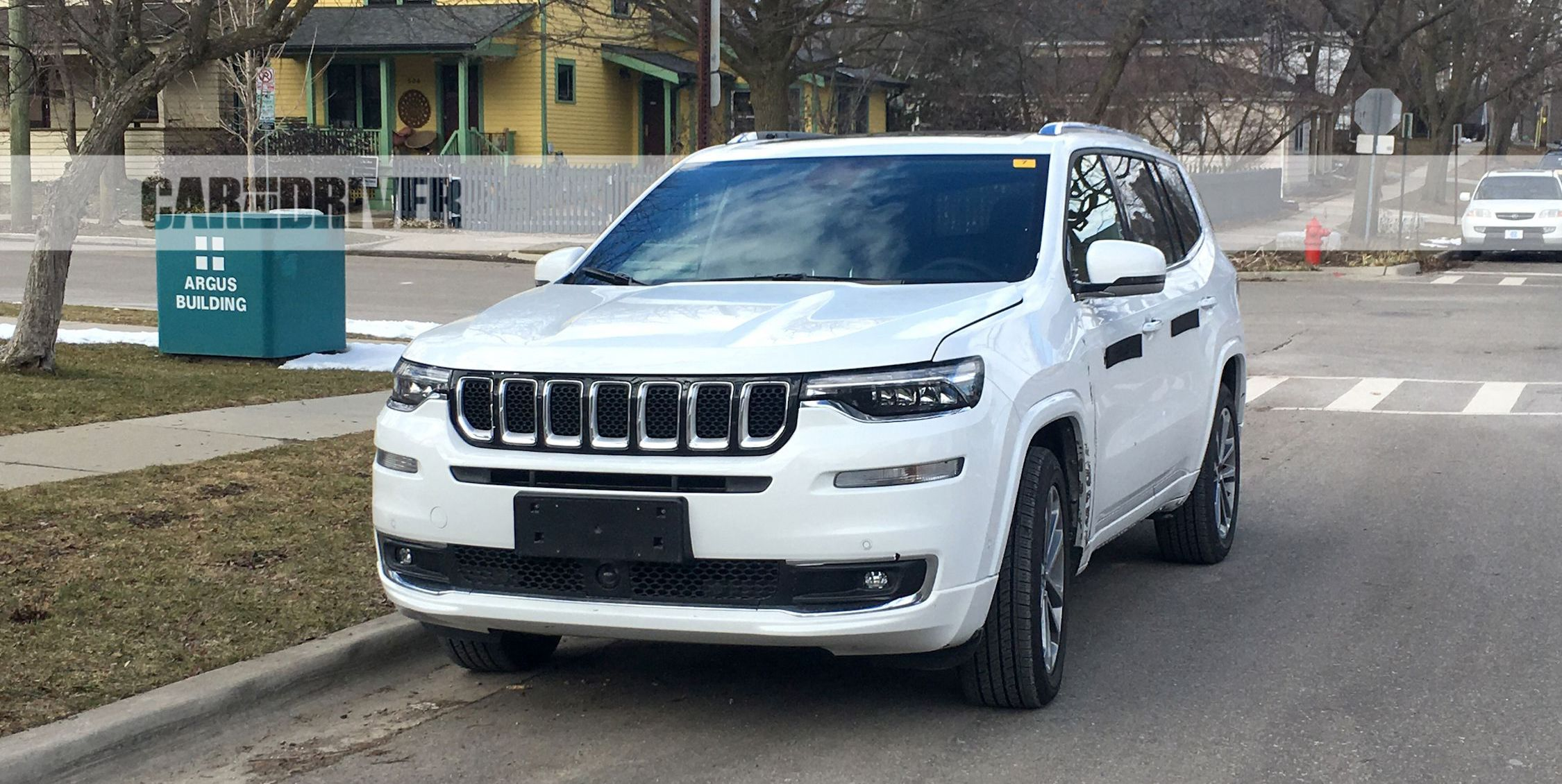 Jeep Grand Cherokee 3rd Row Seating >> Three Three Row Jeeps Planned News Car And Driver
