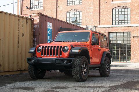 Land vehicle, Vehicle, Car, Automotive tire, Tire, Jeep, Jeep wrangler, Motor vehicle, Off-road vehicle, Bumper,