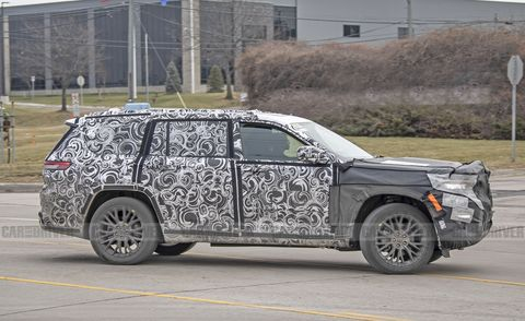 2022 jeep grand cherokee three row spied