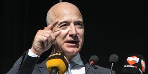 Jeff Bezos è ancora l'uomo più ricco al mondo