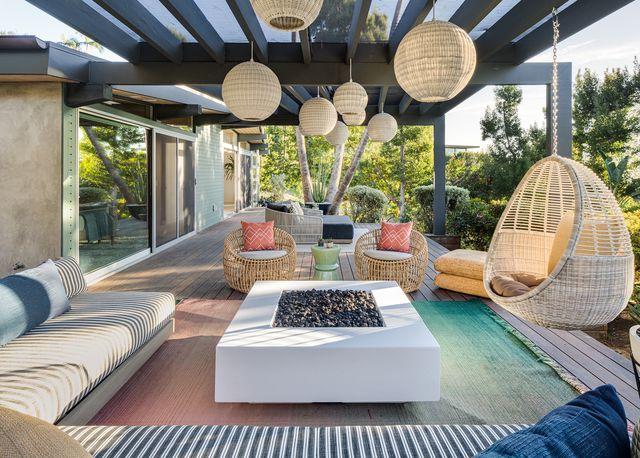 una casa de estilo mediterráneo en laguna beach de laguna beach de jen samson design