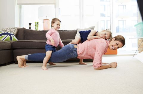 a2c3120e33f5 5 Easy Home Exercise Tips - How to Work Out at Home When Busy