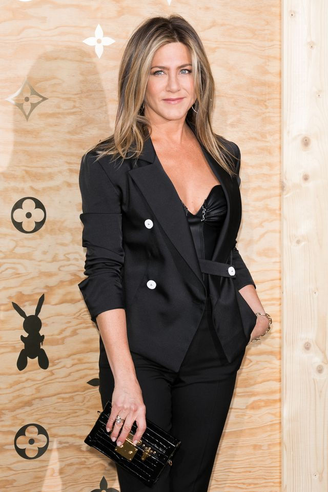 paris, france   april 11  actress jennifer aniston attends the louis vuitton masters a collaboration with jeff koons dinner at musee du louvre on april 11, 2017 in paris, france  photo by marc piaseckiwireimage