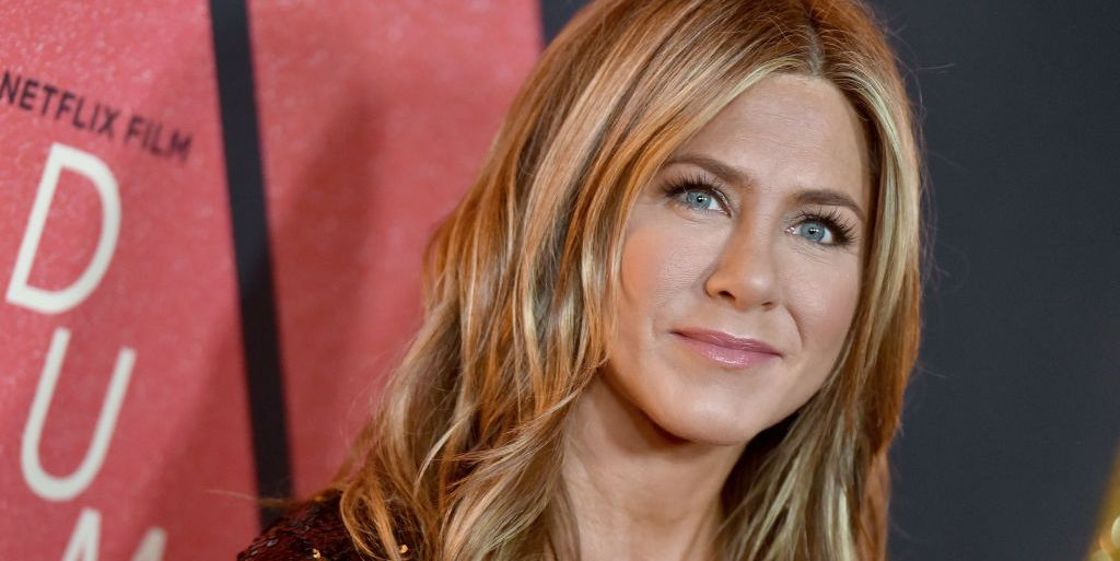 Jennifer Aniston gives thoughtful surprise to nurse with coronavirus