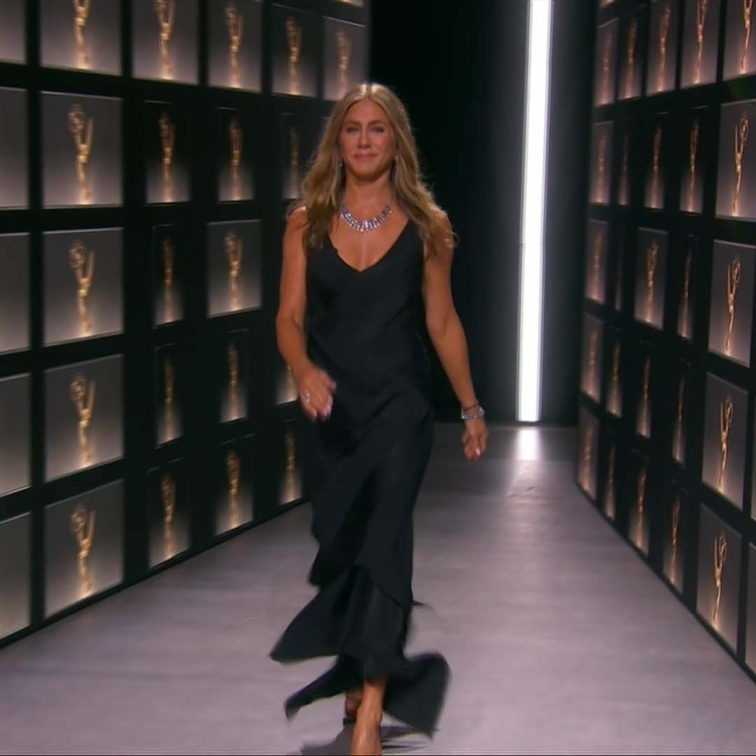 Jennifer Aniston Sticks To Her Winning Red Carpet Formula At The 2020 Emmys