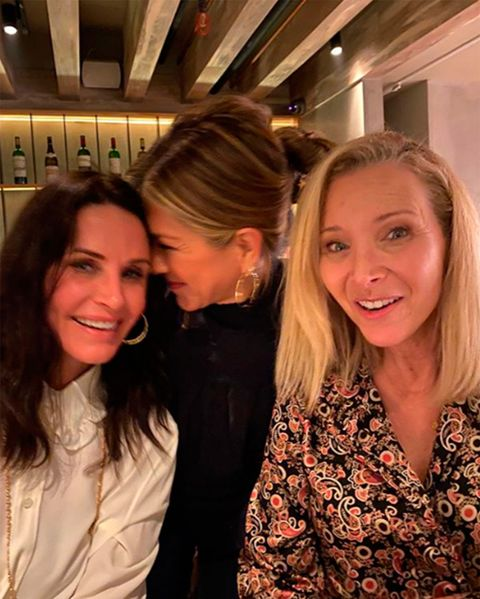 Courtney Cox, Jennifer Aniston, and Lisa Kudrow in a picture of Instagram
