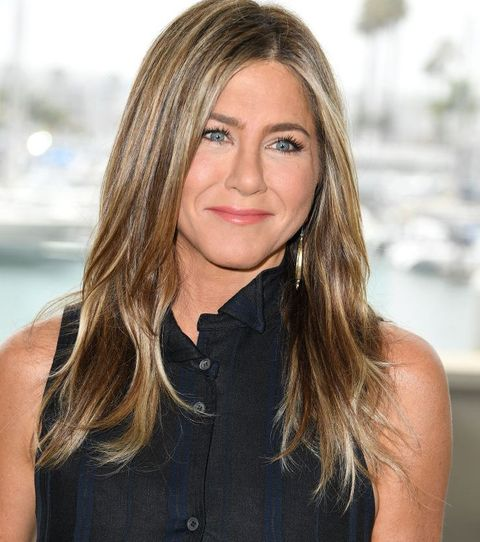 fit celebrities over 40: jennifer aniston
