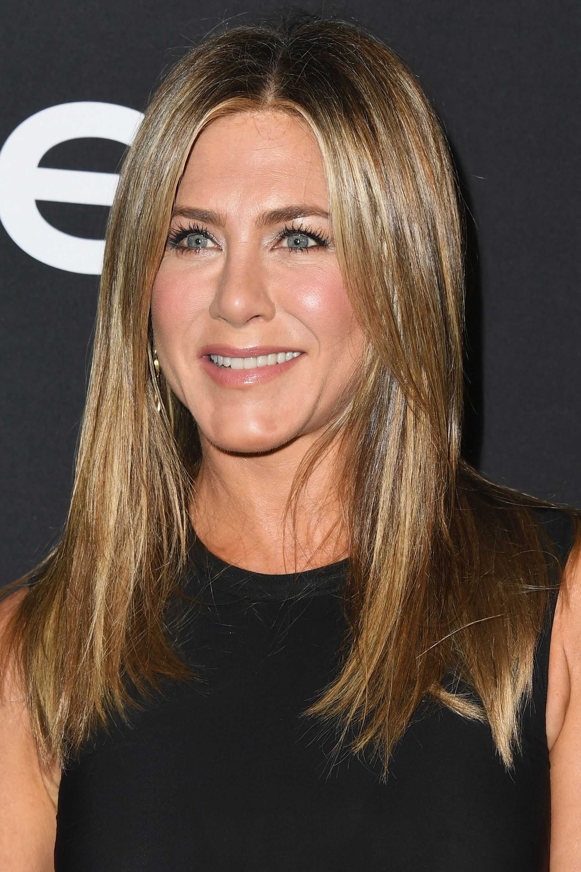 Jennifer Aniston hairstyle transformation