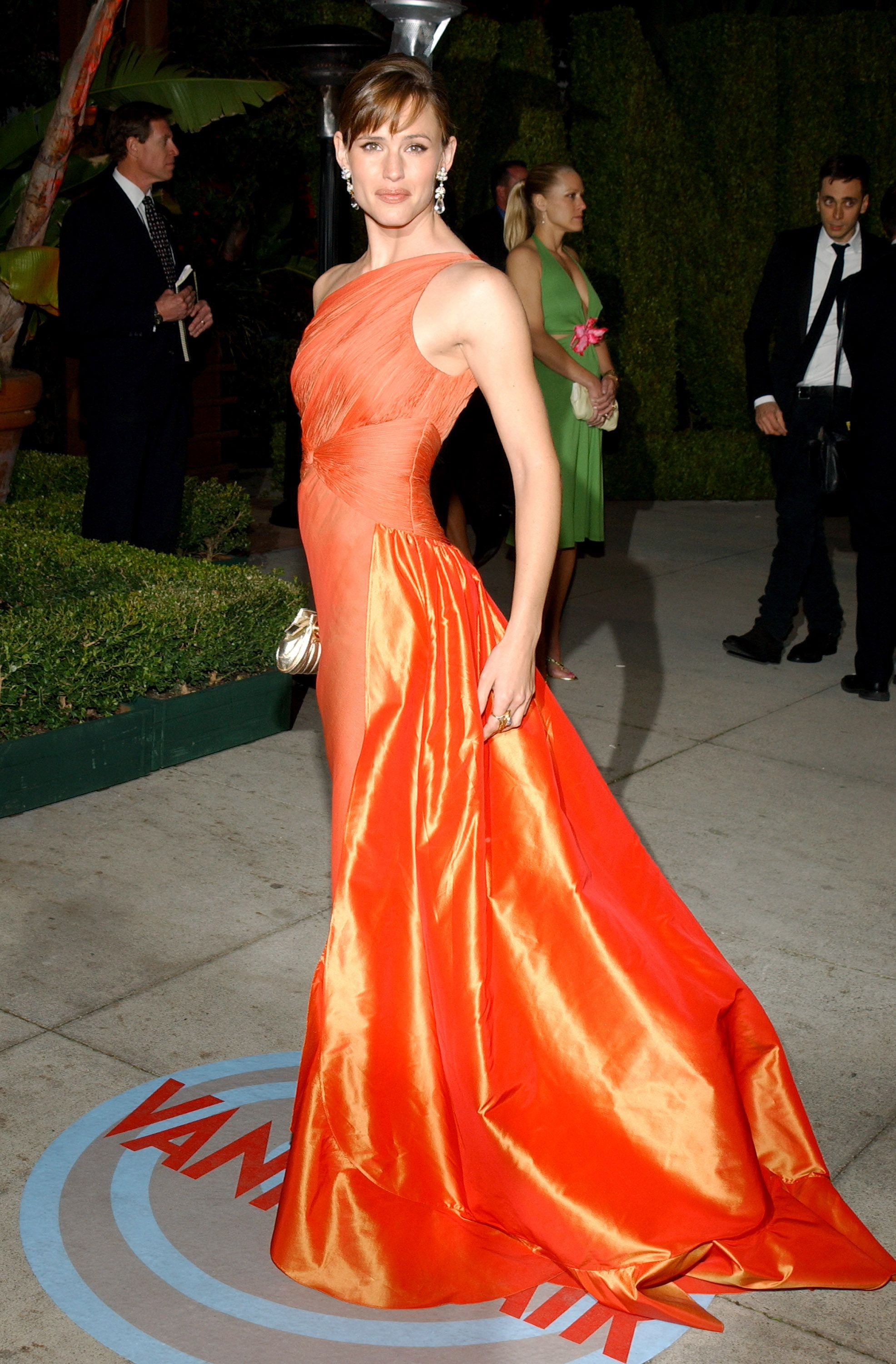 February 29, 2004 Looking vibrant in Valentino Haute Couture at the 2004 Vanity Fair Oscar Party in Beverly Hills.