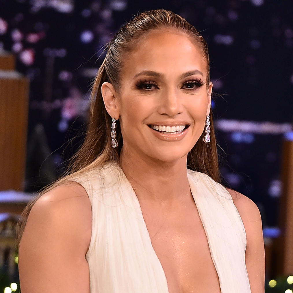 Jennifer Lopez Says She Experienced Sugar Withdrawal During Her 10-Day Challenge
