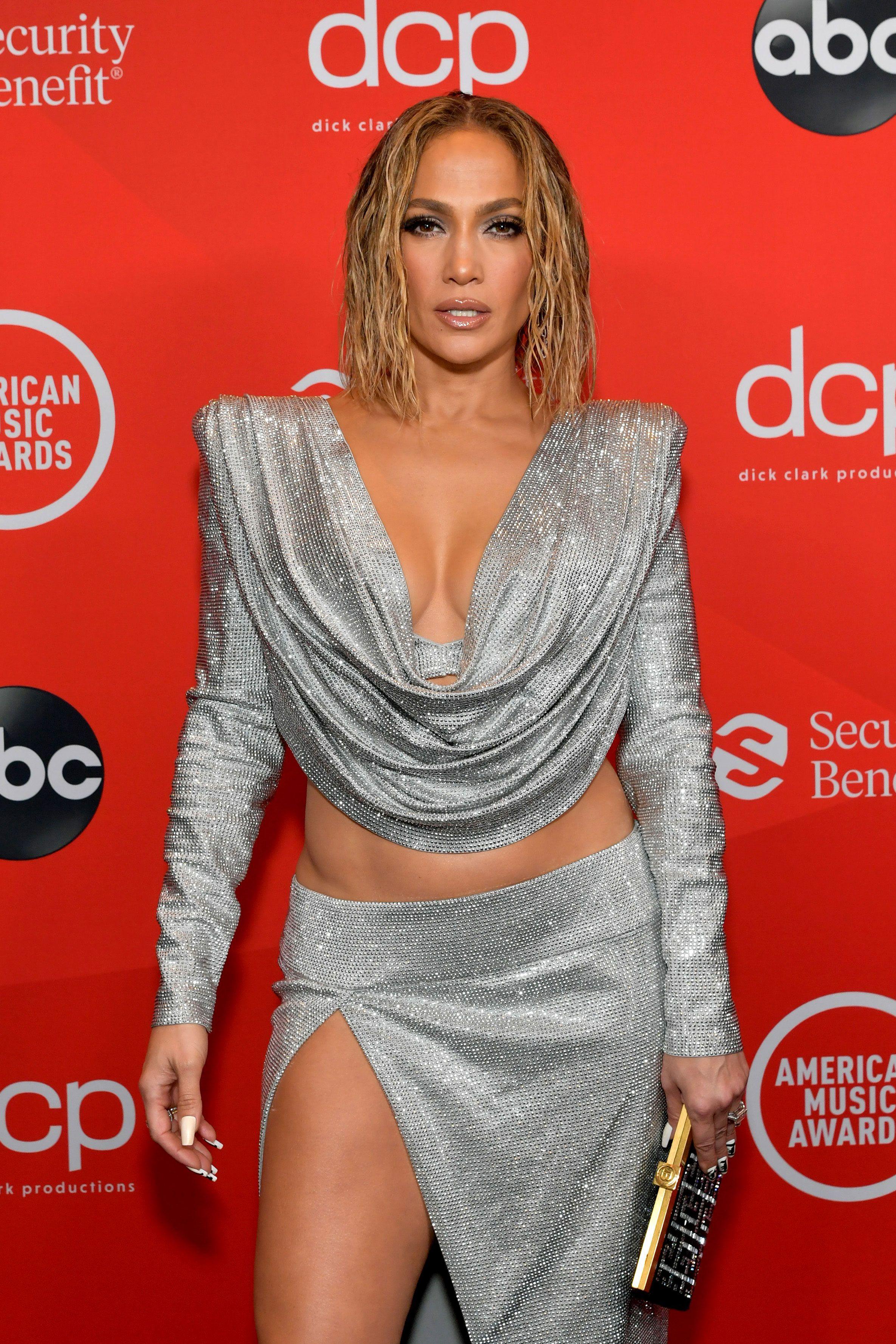 How old is Jennifer Lopez: How Jennifer Lopez makes 51 look 31
