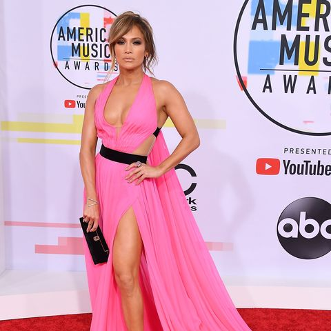 jennifer lopez is nearly nude in a pink dress at the 2018 amas