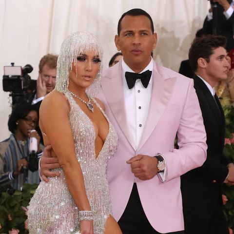 "Alex Rodriguez Starved Himself to Lose 6 1/2 Lbs. So He Wouldn't ""Look Fat"" at Met Gala"