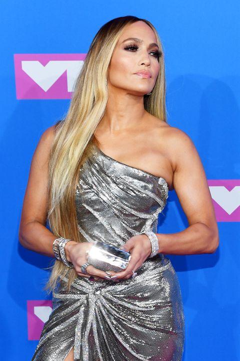 Dripping Hot! Jennifer Lopez Is A Silver Siren In One