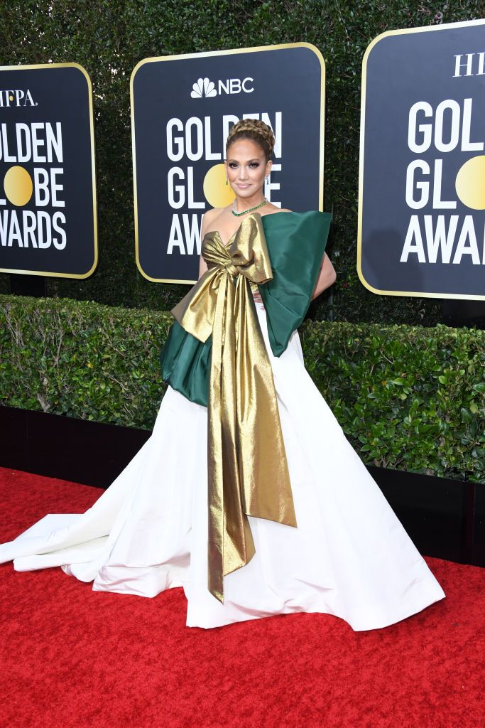 Twitter Has Some THOUGHTS About Jennifer Lopez's Golden Globes Gown