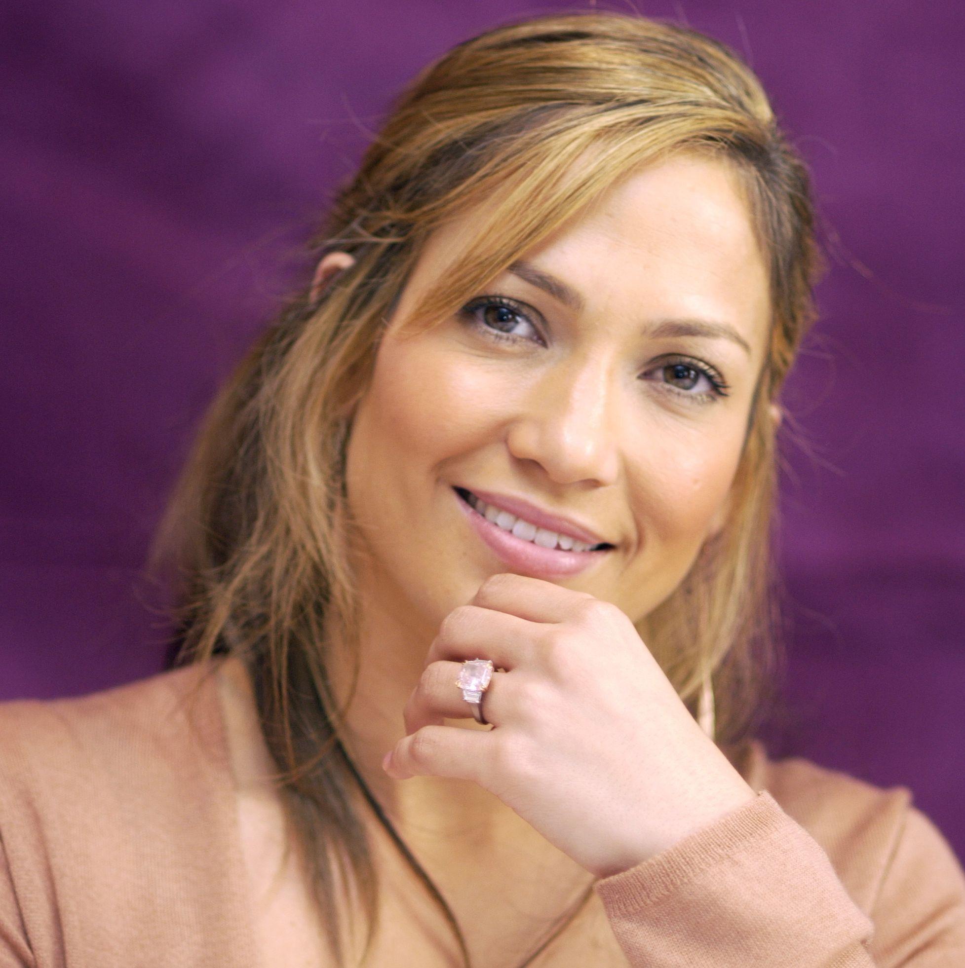 Jennifer Lopez's Pink Diamond Made Her an Engagement Ring Influencer