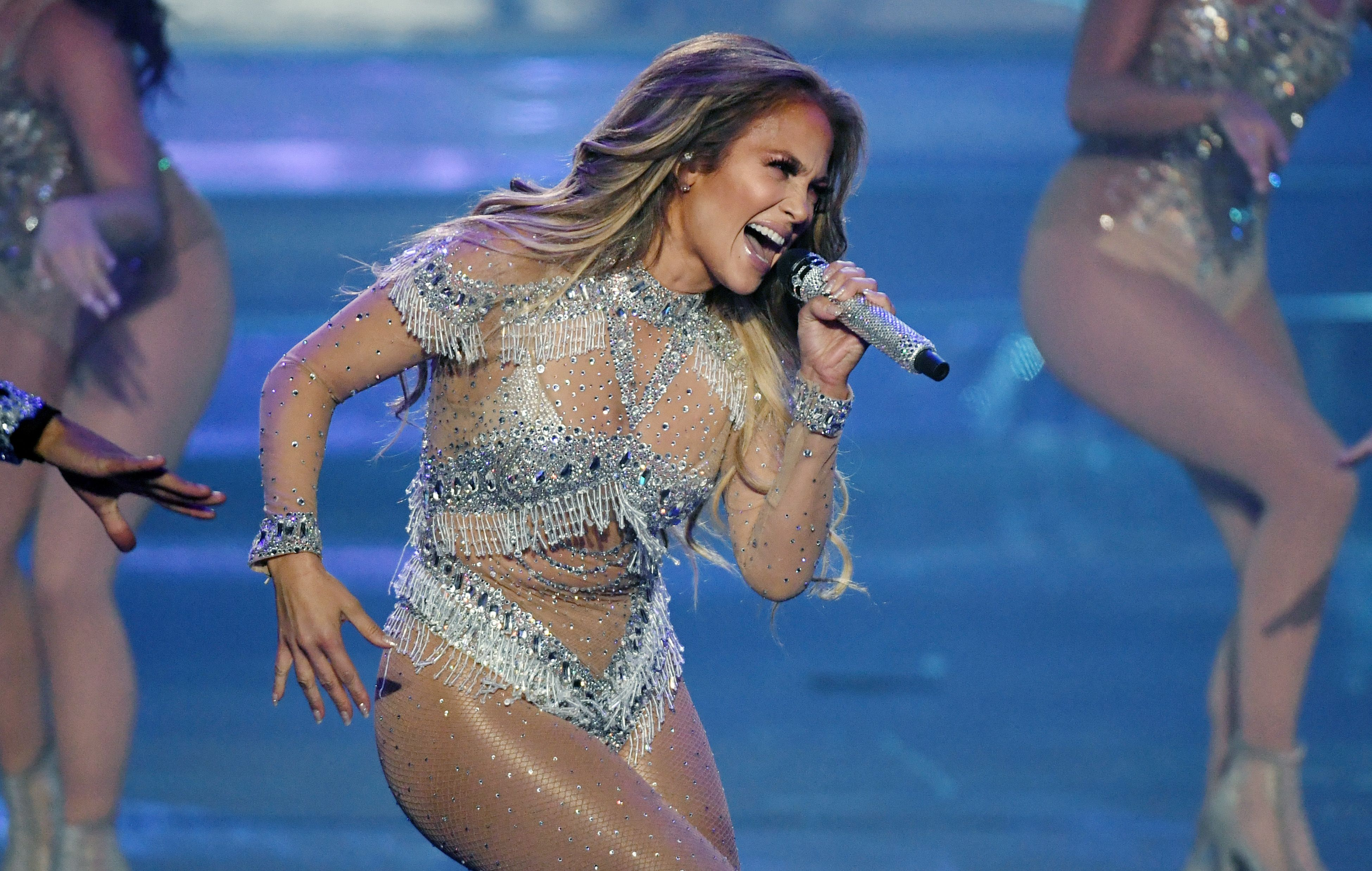 Jennifer Lopez Reschedules Her NYC Concert After It Was Evacuated Due to Blackout