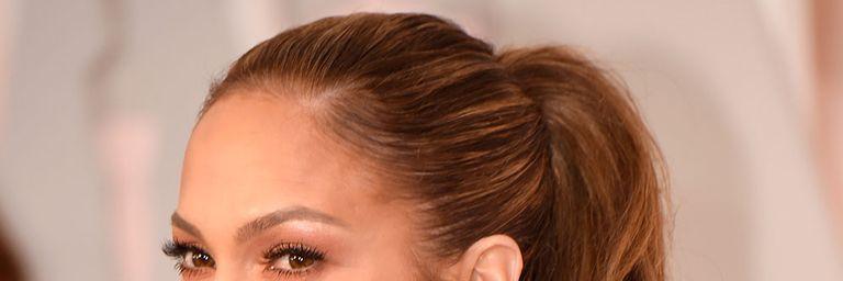 Jennifer Lopez glowing skin