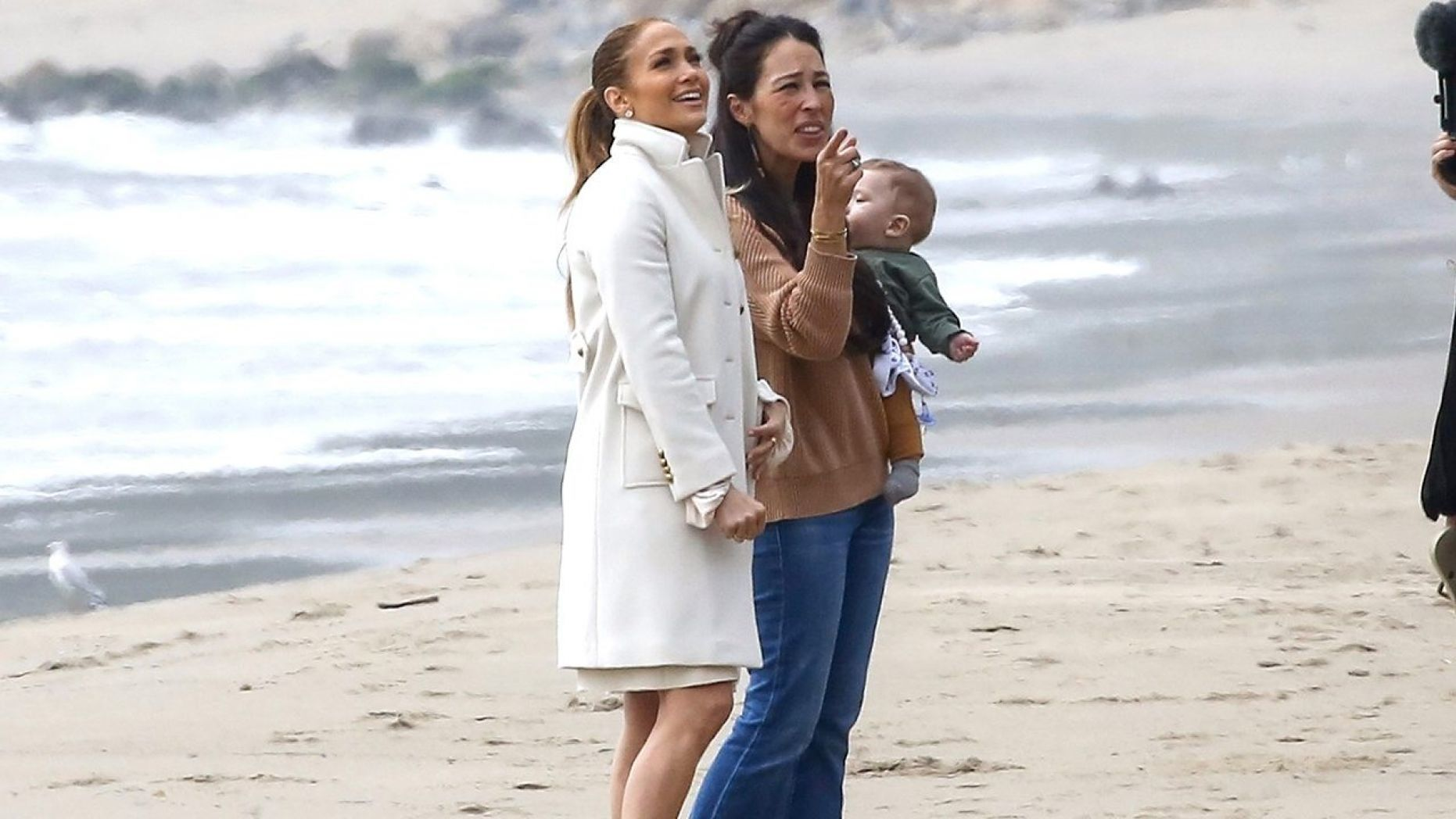 Jennifer Lopez Turns to Joanna Gaines for Help Remodeling Her $6.6 Million Malibu Beach House