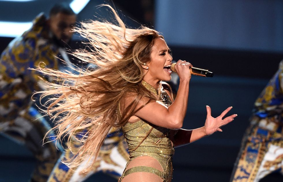 Jennifer Lopez Brought a 6 Train, Swarovski Timbs, and R-U-L-E to the VMA Stage