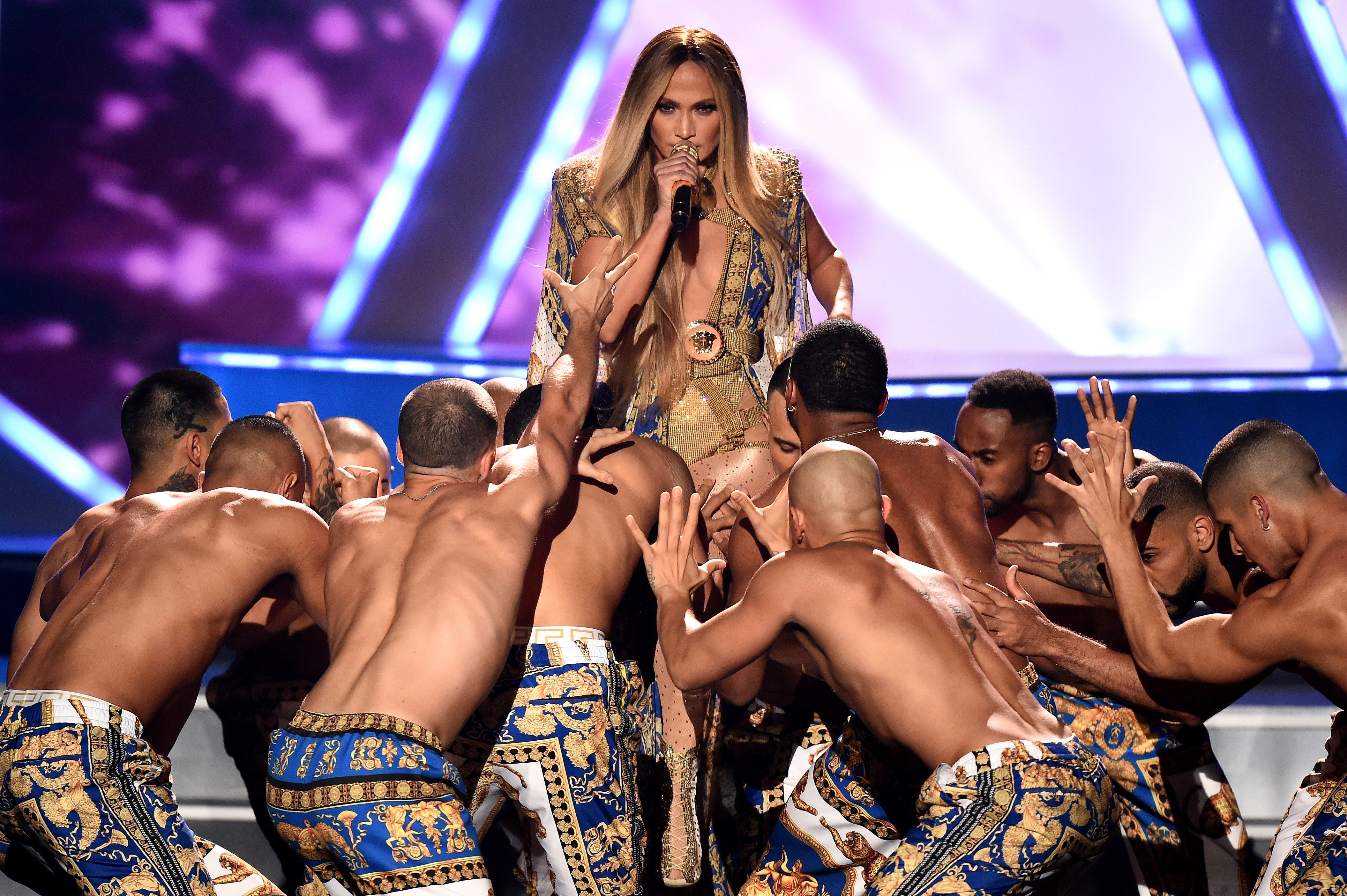 J. Lo Slayed At The VMAs—But I Can't Stop Looking At Her Body