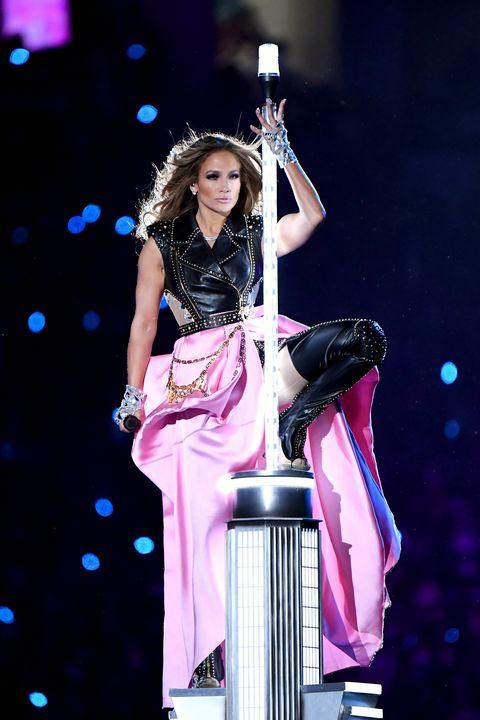 Jennifer López en la actuación de la Super Bowl 2020