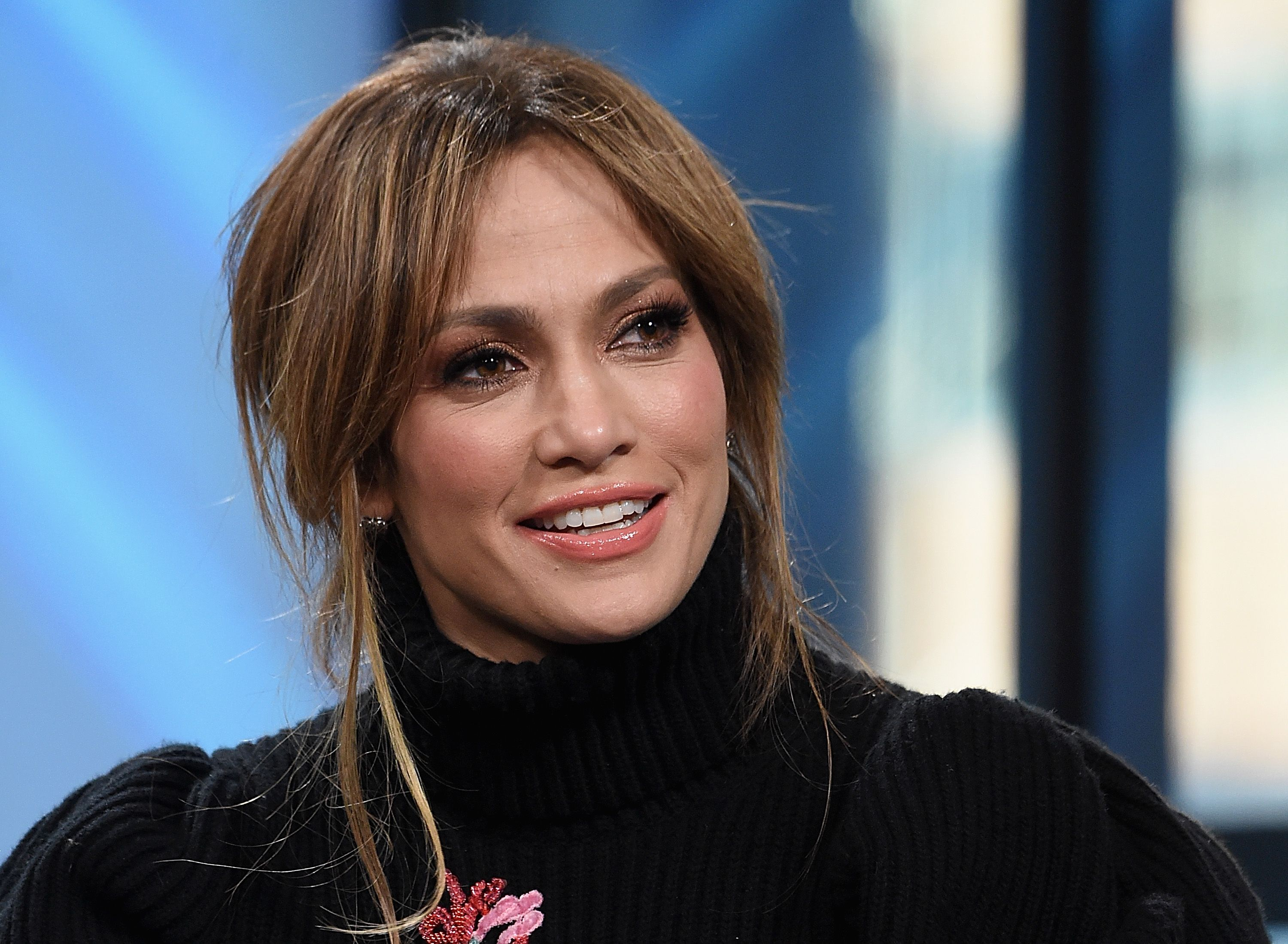 Who is jlo dating april 2020